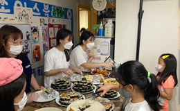 LOVE FNC Friends到儿童中心做志愿活动了!