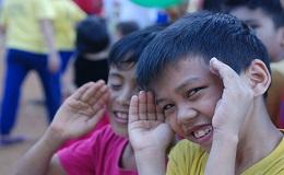 [스토리] 필리핀을 밝히는 LOVE FNC 2호 스쿨